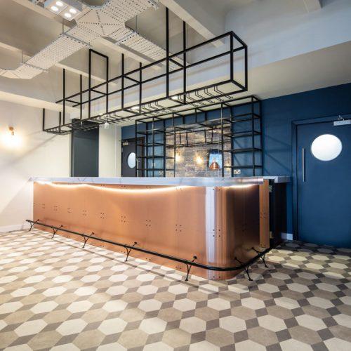 jockeyclub-customer-besoke-design-bar-drinks-serving-area-copper-laminate-sandown-1